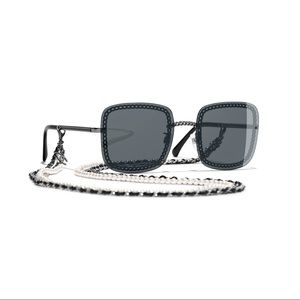CHANEL RUNWAY Square Sunglasses with Pearl Chains